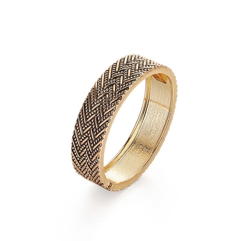 baroque retro gold-plated alloy bracelet  NHBD310771