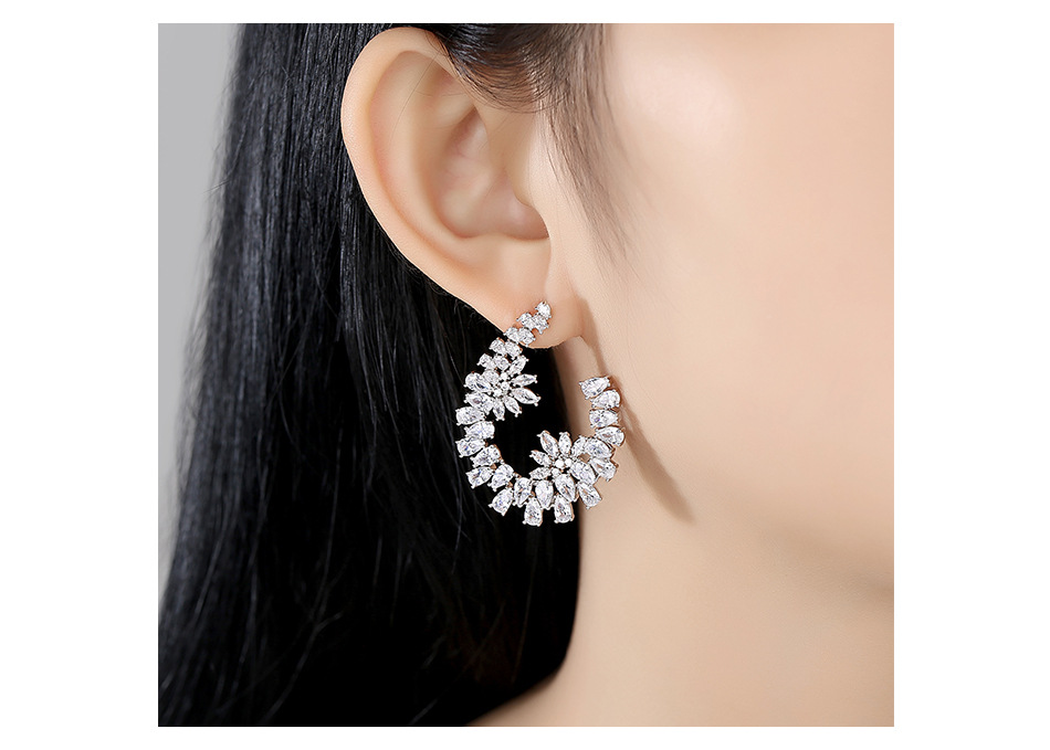 Flower earrings new creative ladies banquet wild earrings NHTM191639