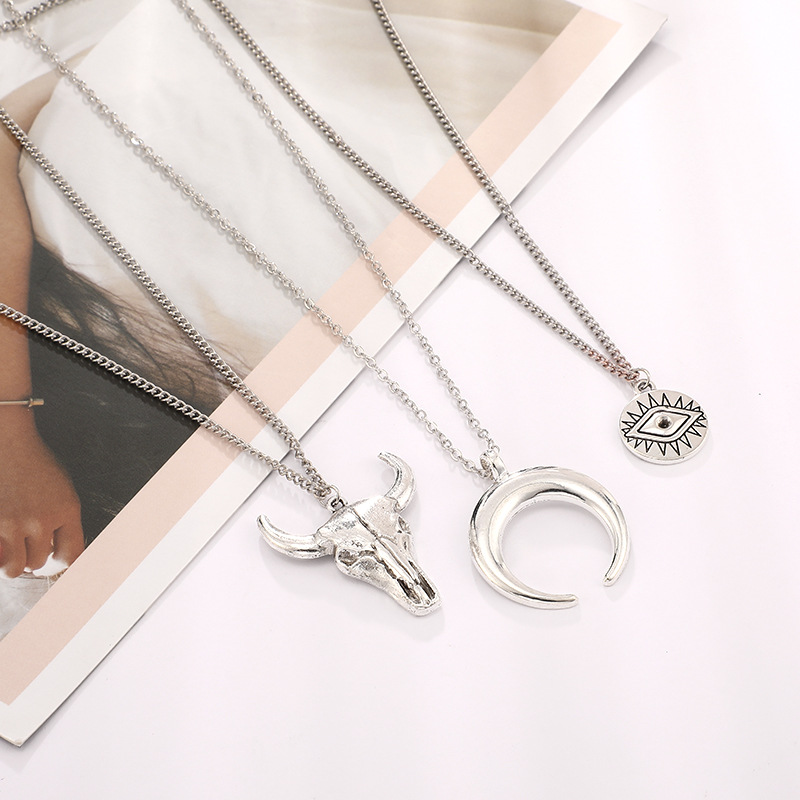 New jewelry fashion simple alloy bull head geometry disc eyes horns multilayer necklace NHGY187738