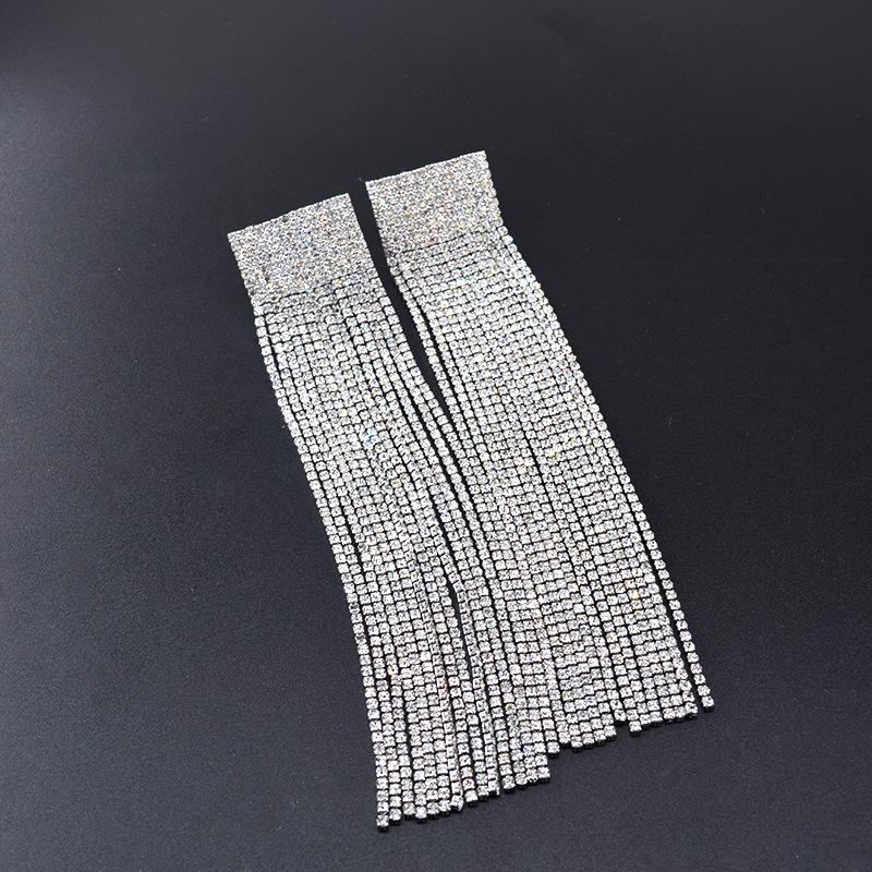 Pendientes largos con cadena de garras de diamantes de imitación con flecos NHNT154620