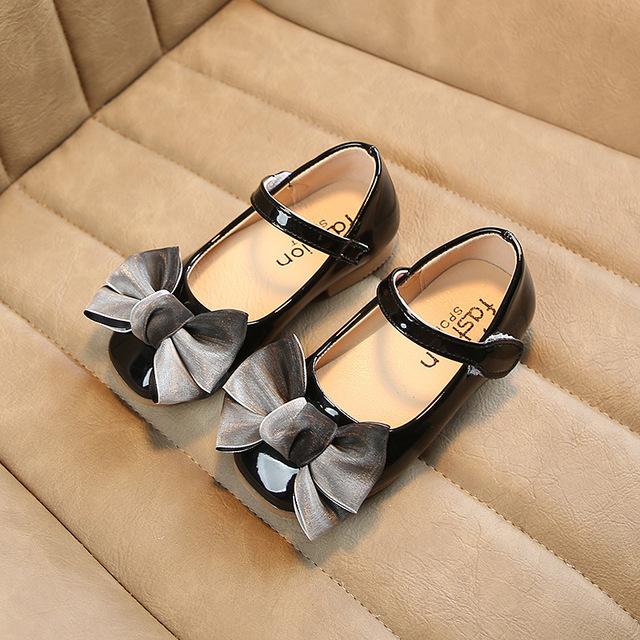 Giày công chúa nữ 2019 xuân hè mới phiên bản Hàn Quốc của cung trong giày trẻ em hoang dã giày nông cạn Giày công chúa