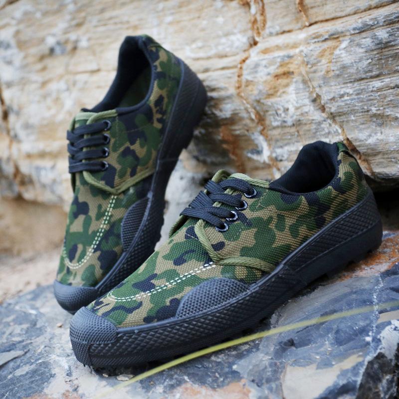 مصنع أحذية تدريب قماش العمل المباشر ، أحذية تدريب عسكرية مموهة عسكرية سميكة ، أحذية تحرير منخفضة 99 أعلى بالجملة
