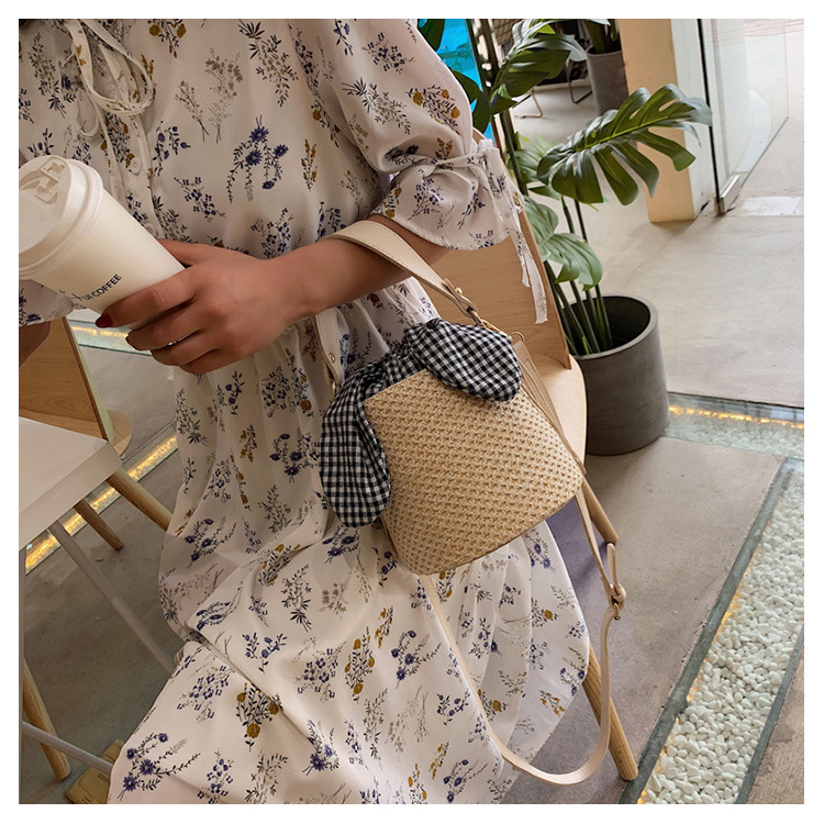 Casual wild straw bag fashion handbag shoulder bucket bag TC190420118483