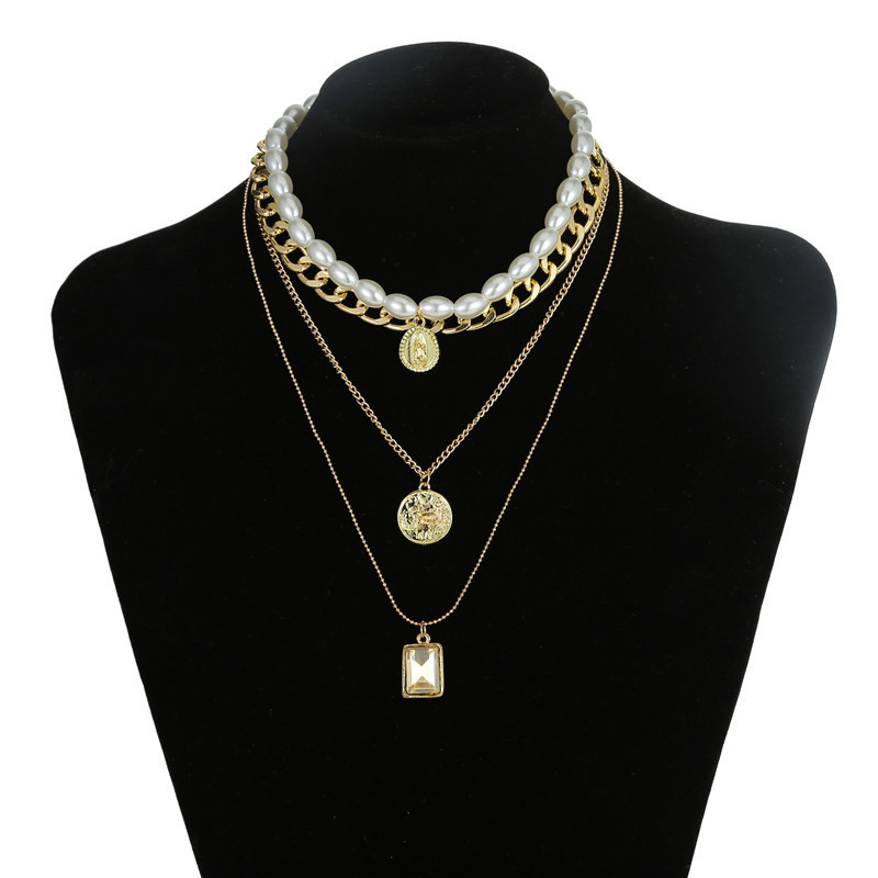 Wholesale fashion jewelry retro pearl coin crystal pendant multilayer necklace clavicle chain wholesale women NHZU181248