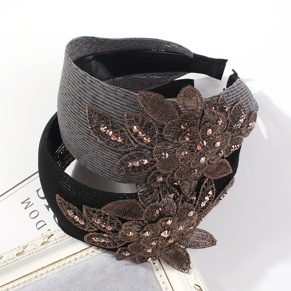 Creative retro style lace embroidery headband NHMD150993