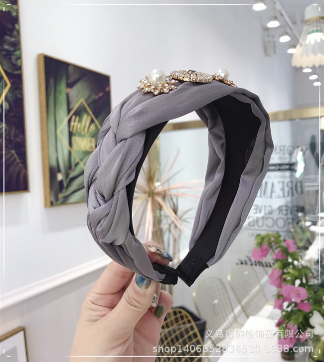 Korean version of the rhinestone super flash wide side twist whip knotted headband NHSM139208