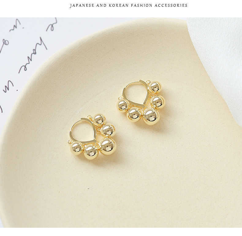 Earrings female Japanese and Korean style simple pearl temperament small earrings NHDO190032