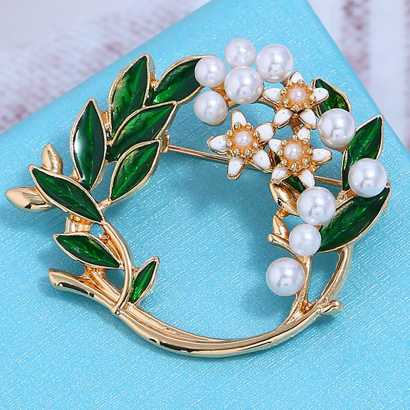 Alloy Fashion Geometric brooch  Green KC Alloy  Fashion Jewelry NHKQ2354GreenKCAlloy