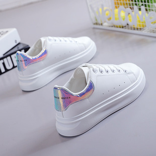 Autumn white women's shoes 2019 new autumn shoes summer Korean version of all-match explosion models sports and leisure old ins tide shoes