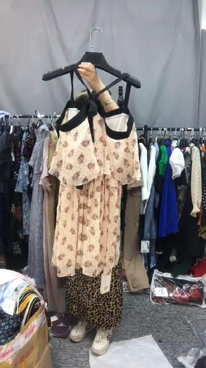 连衣裙图片色