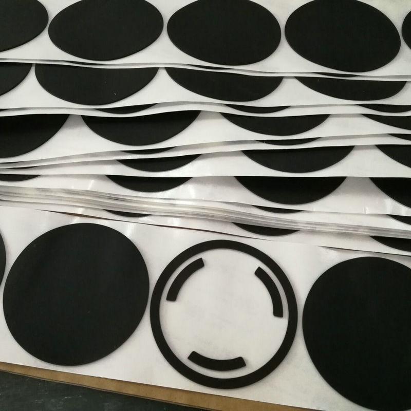 可按模切成型防滑硅胶脚垫自动化设备自粘硅橡胶垫片雾面硅胶胶垫
