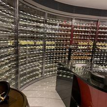 恒温恒湿不锈钢酒柜酒架订制展示架异形红酒柜双面通透酒柜设计