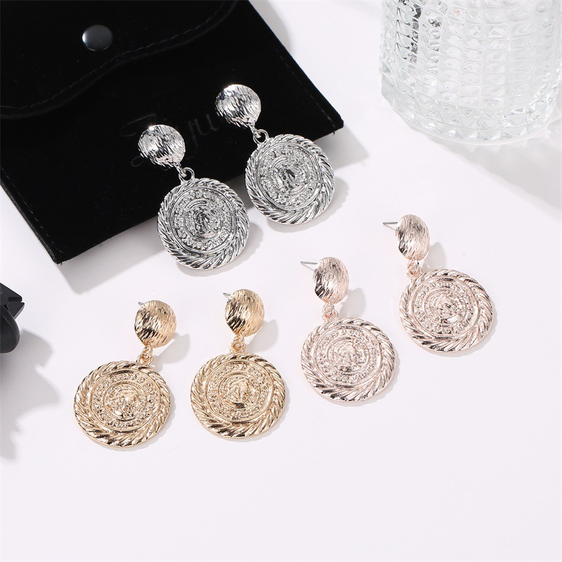 Vintage frosted round engraving portrait earrings NHCU146587
