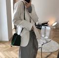 2019早秋新款韩版法式复古提花面料V领小西装挺括宽松显瘦外套女