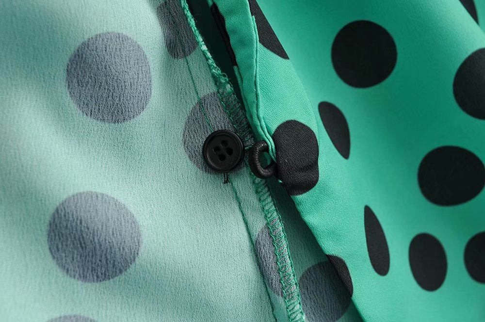 Spring green polka-dot blouse AM190425119092