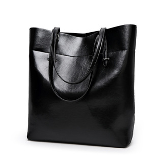 2021 new oil wax leather handbags factory direct sales European and American large bags single shoulder handbags