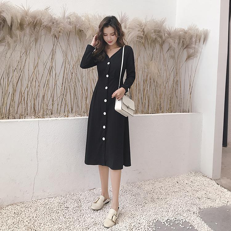 2019春季新款女裝chic燈籠袖連衣裙顯瘦百搭韓版收腰V領小黑裙女