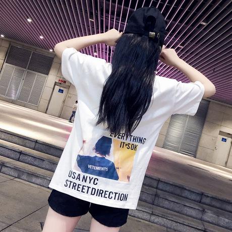 Váy bé gái mùa hè 2019 cá tính thời trang nữ trẻ em in trẻ em tay ngắn chữ T-shirt phù hợp với quần short hai mảnh Bộ đồ trẻ em