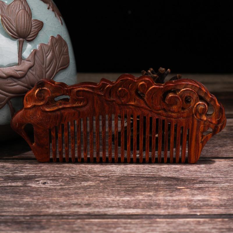 原創設計天然雕花紅檀木梳子防靜電按摩護發梳便攜禮品梳一件代發