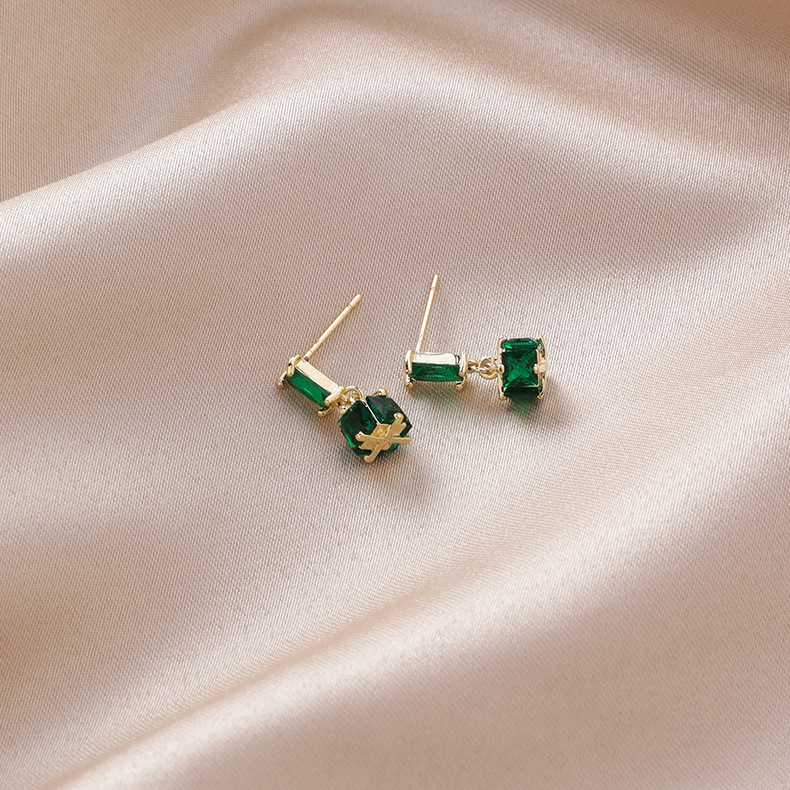 Silver Vintage Geometric Square Cylindrical Emerald Earrings NHMS195701