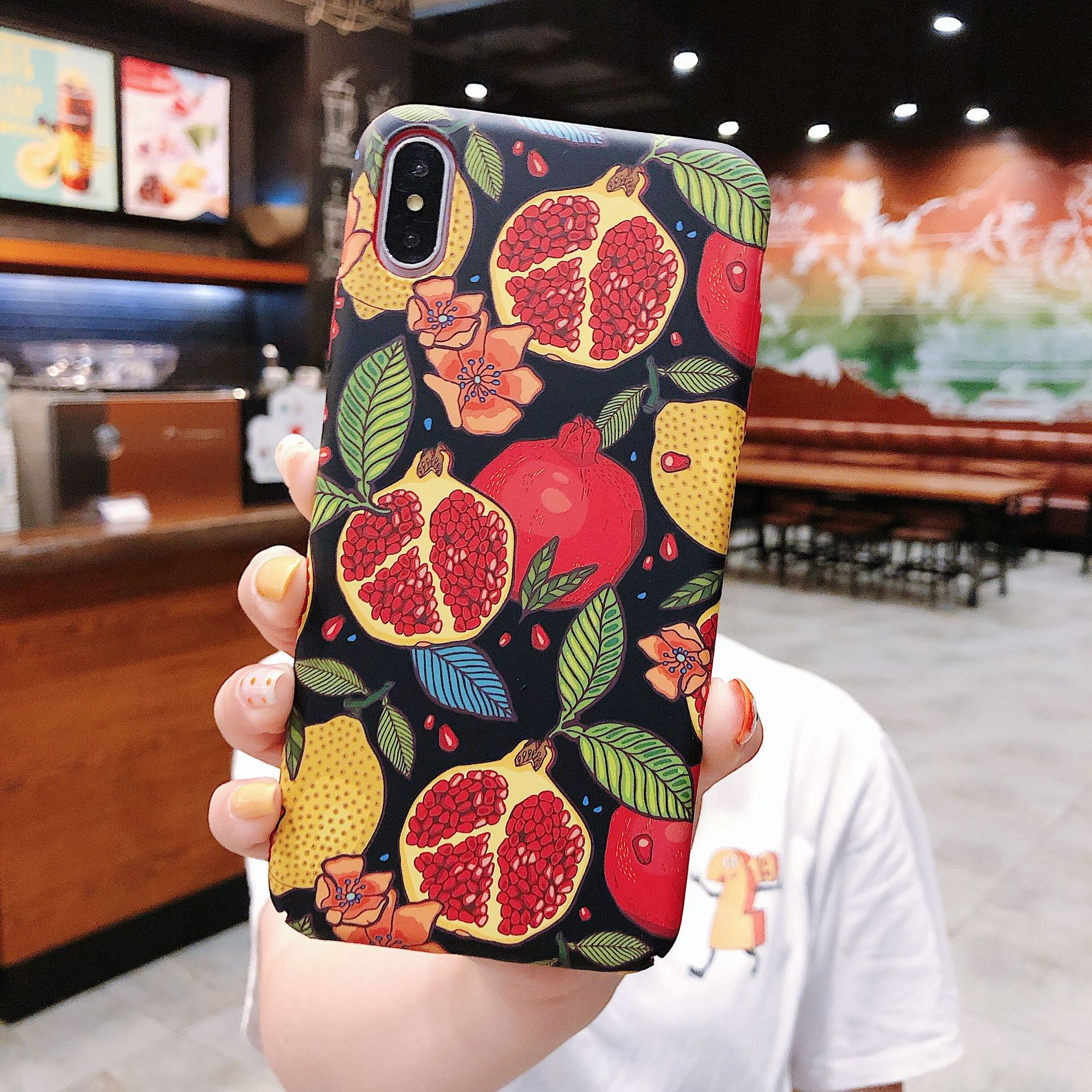 Fashion iPhone 8plus mobile phone case XSmax graffiti pomegranate iPhone X XR hard phone case NHDV197915