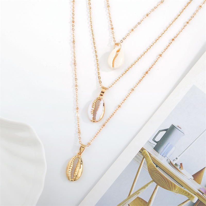 Bohemian multi-layer necklace fashion three-layer natural shell pendant necklace wholesale nihaojewelry NHDP233409