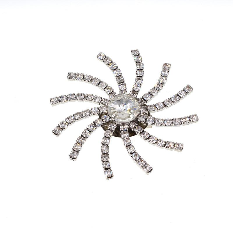 Fashion simple snowflake alloy brooch NHNT158334