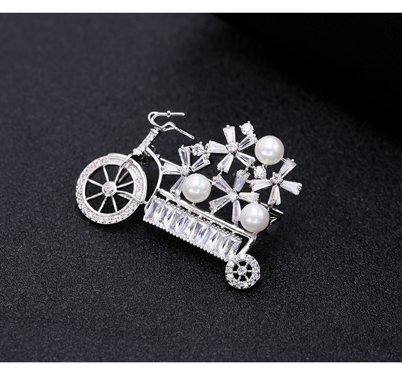 Fashionable Korean Ms. Creative Tide Bicycle Lovers Brooch Corsage Bicycle Corsage Temperament Simple Female Brooch NHDO190084