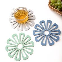 廠家直供北歐風格花型硅膠隔熱墊 多邊形防燙杯墊 鏤空防滑餐桌墊