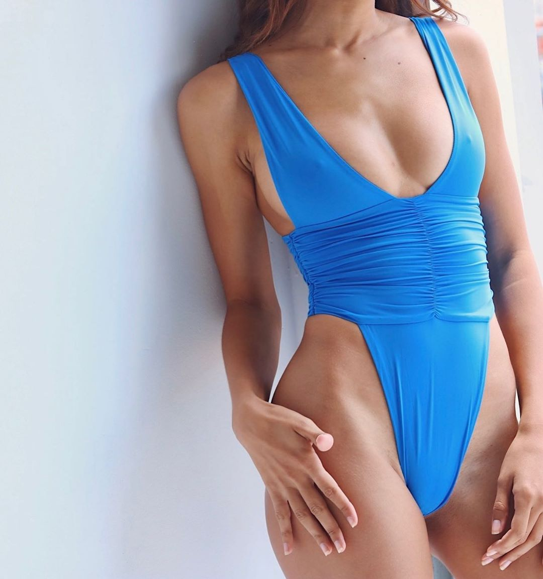 sexy one-piece solid color open back conservative swimsuit NSHL2519