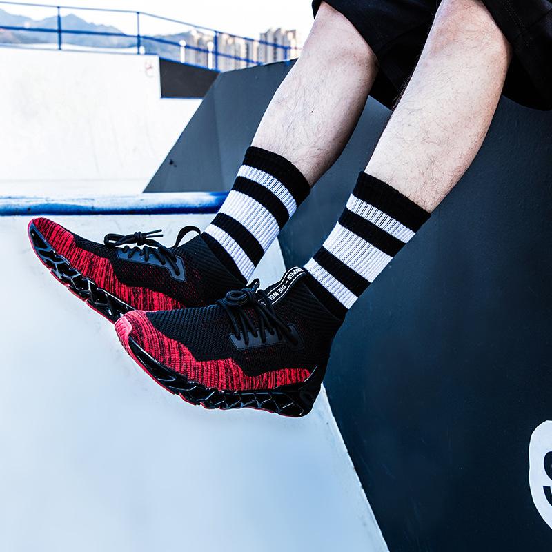潮牌同款原宿风袜子批发亚马逊跨境袜子棉潮袜运动男女长筒袜