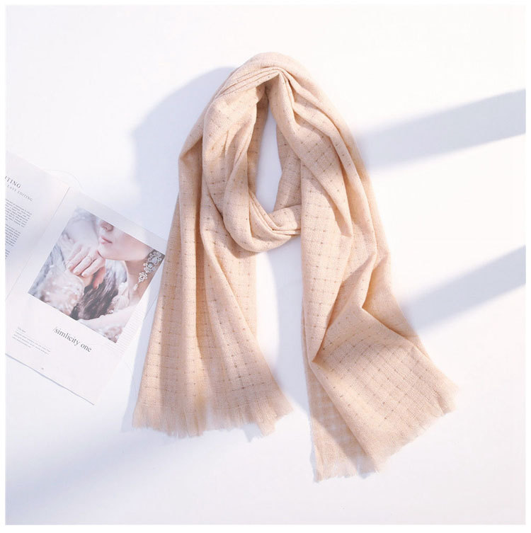 Hollow monochrome loose scarf female autumn and winter long section thick couple students warm wild wild wool collar NHMN180010