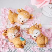 北欧风可爱创意鹿宝宝摆件酸奶店贡茶店置物架树脂动物装饰品摆设