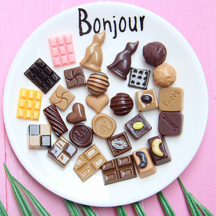 Small resin simulation chocolate accessories Mini dessert house decoration DIY mobile phone shell earrings jewelry accessories