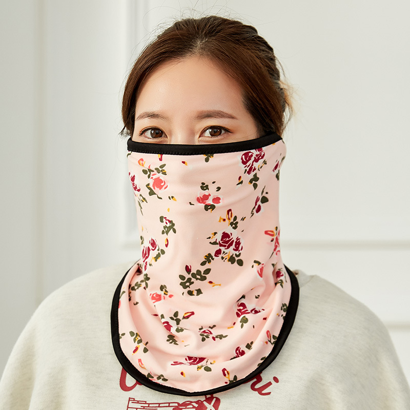 Winter New Floral Print Neck And Ear Protection Three In One Thermal Mask Windproof Outdoor Riding Mask
