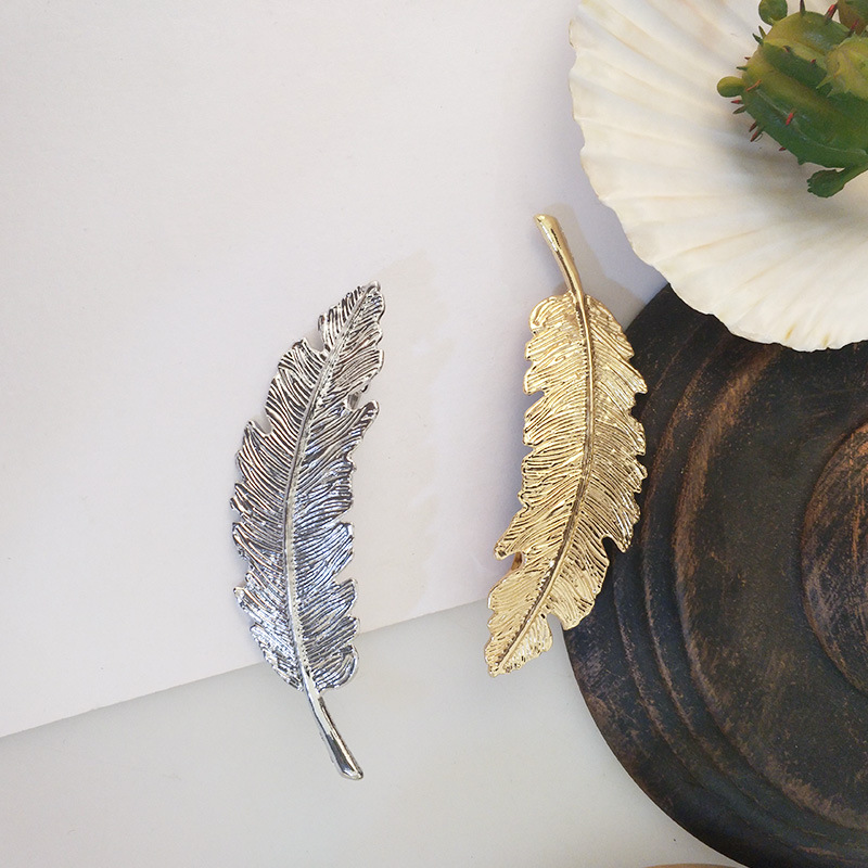 Retro exaggerated feather hairpin temperament metal hair accessory NHWF158229