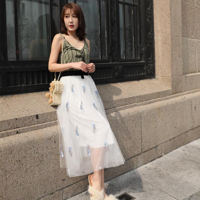 刺绣羽毛网纱半身裙春夏新款高腰显瘦中长款公主裙a字蓬蓬裙
