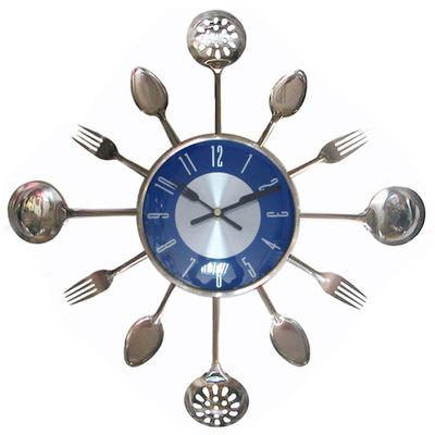 【厂家直销】大号不锈钢刀叉挂钟创意时钟厨房钟客厅艺术装饰时钟