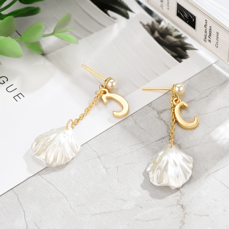 26 English alphabet pendant shell earrings NHXS148018