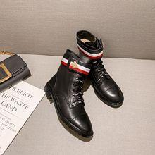 拼色低跟粗跟短靴2019秋冬季新款黑色小蜜蜂金属圆头马丁靴潮靴子