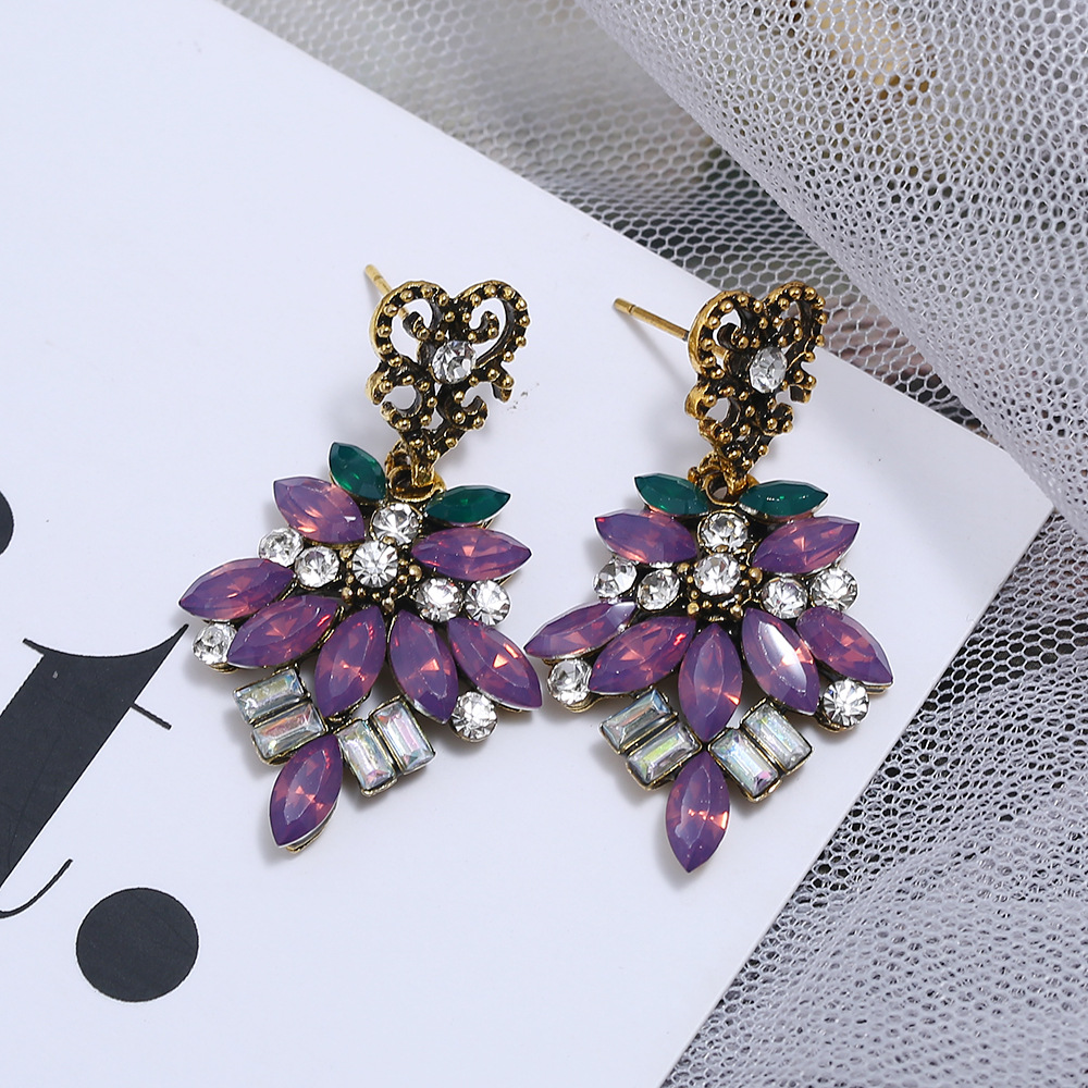 Alloy diamond floral earrings for women retro color rhinestone long earrings NHLN204417