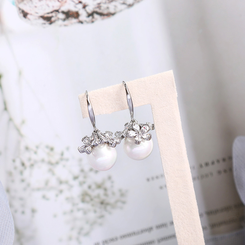 Fashion new Pearl  double c wild flower alloy earrings for women NHQD261235