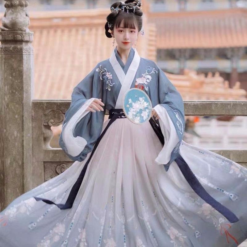Chinese wei jin han hanfu Female adults Han Dynasty dress Phoenix fairy, elegant in Wei and Jin Dynasties