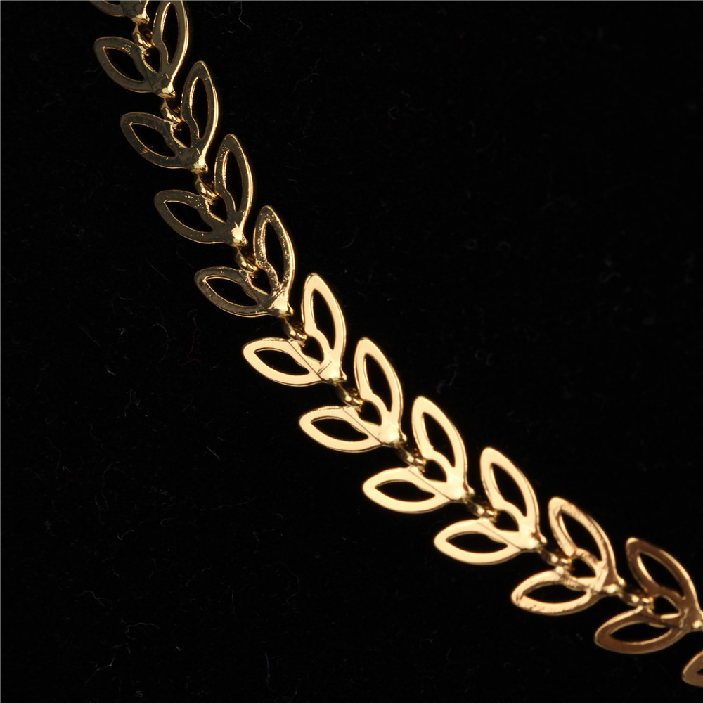 fashion new fishbone chain   hotsale  real gold plated color preservation sequin copper  necklace wholesale NHPY215049