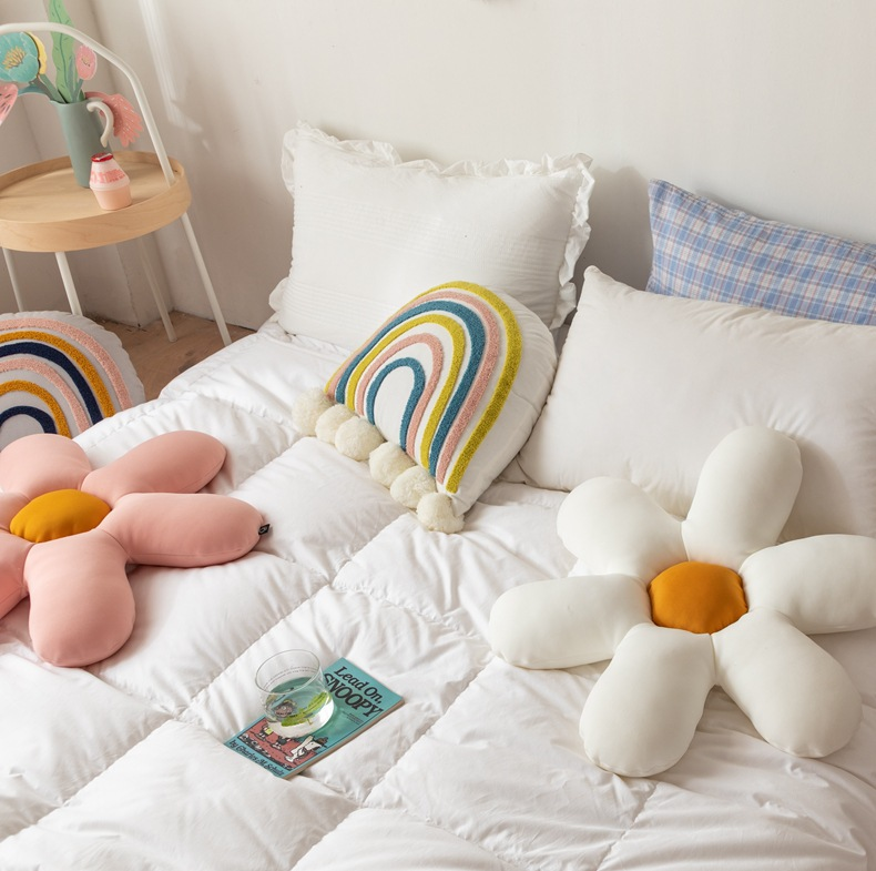 小雏菊异形抱枕家居软装沙发摆件饰品布艺i居家用品批发一件代发