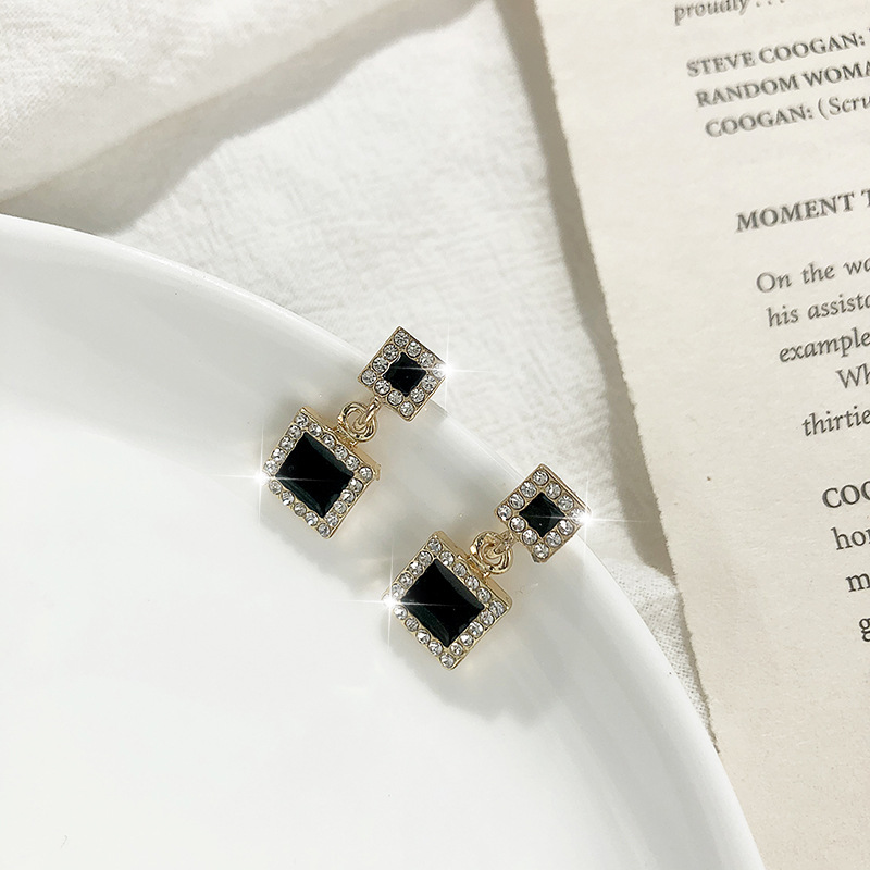 S925 Silver Needle Korean Geometric Diamond Black Flash Square Round Five-pointed Star stud Earrings wholesale NHPF251205