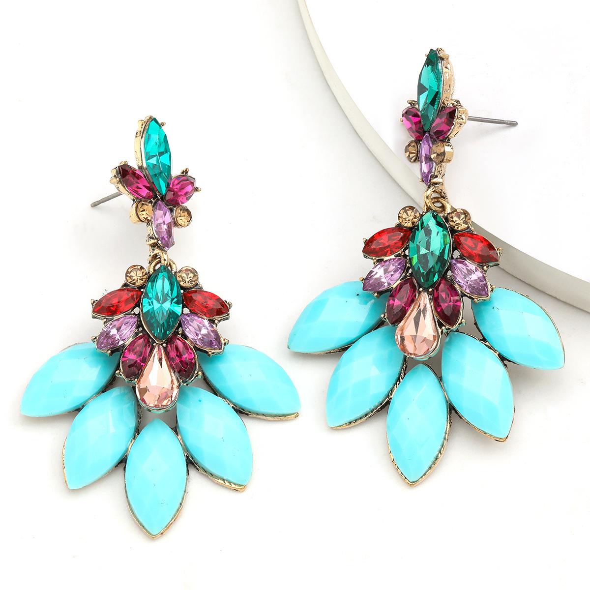Fashion Color Diamond Series Ethnic Wind Alloy Diamond Resin Flower Earrings wholesale nihaojewelry NHJE234049