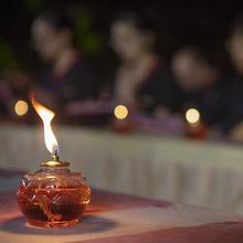 厂家直销佛教用品批发酥油灯38小时塑料瓶莲花佛灯蜡烛祈福灯代发