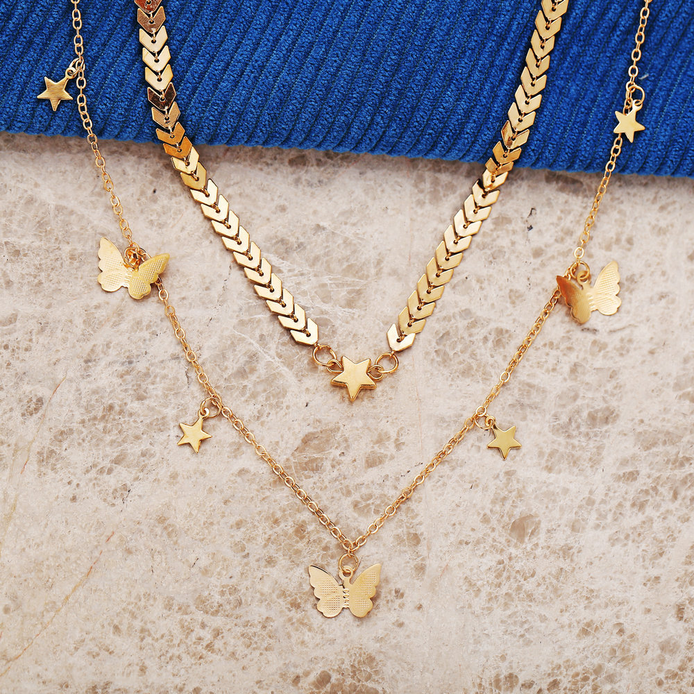 hot sale golden butterfly pendant necklace creative retro alloy metal clavicle chain wholesale nihaojewelry NHYI220223