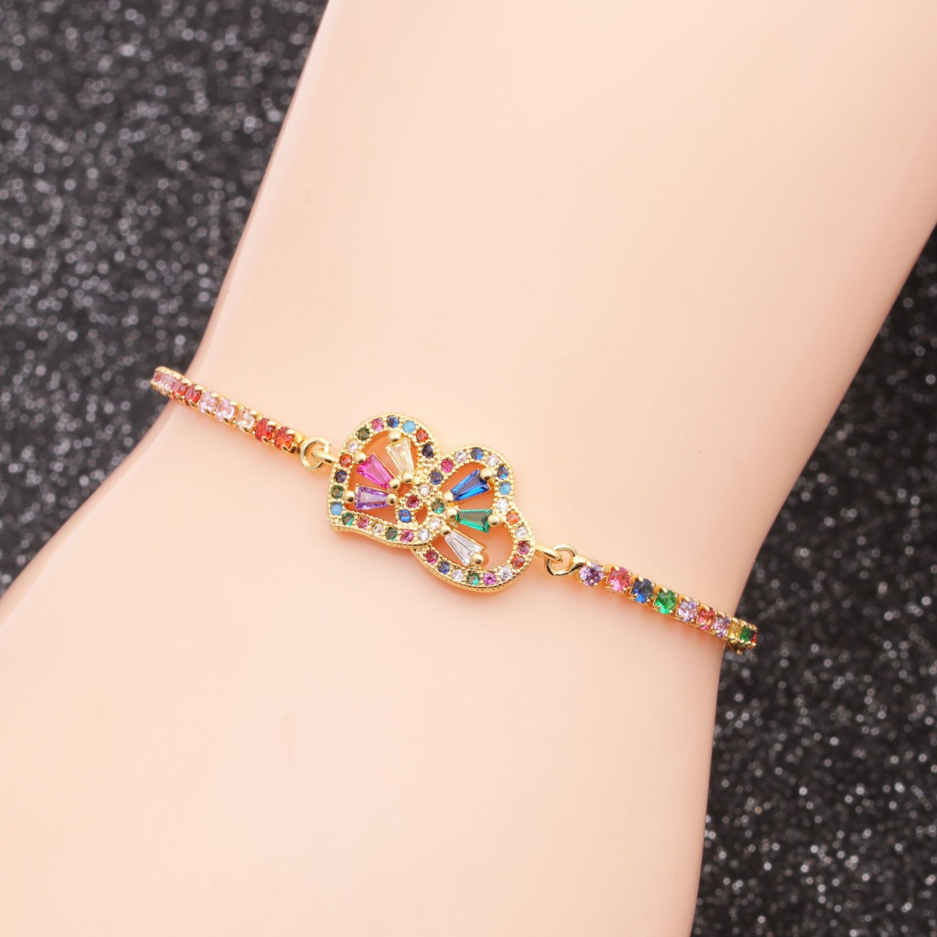 fashion jewelry copper micro inlay zirconium double love adjustable bracelet wholesale nihaojewelry NHYL232462